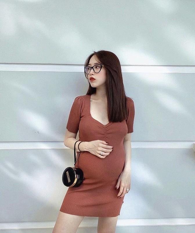 Con gai Minh Nhua khoe ha sinh quy tu sau 7 thang ket hon-Hinh-6