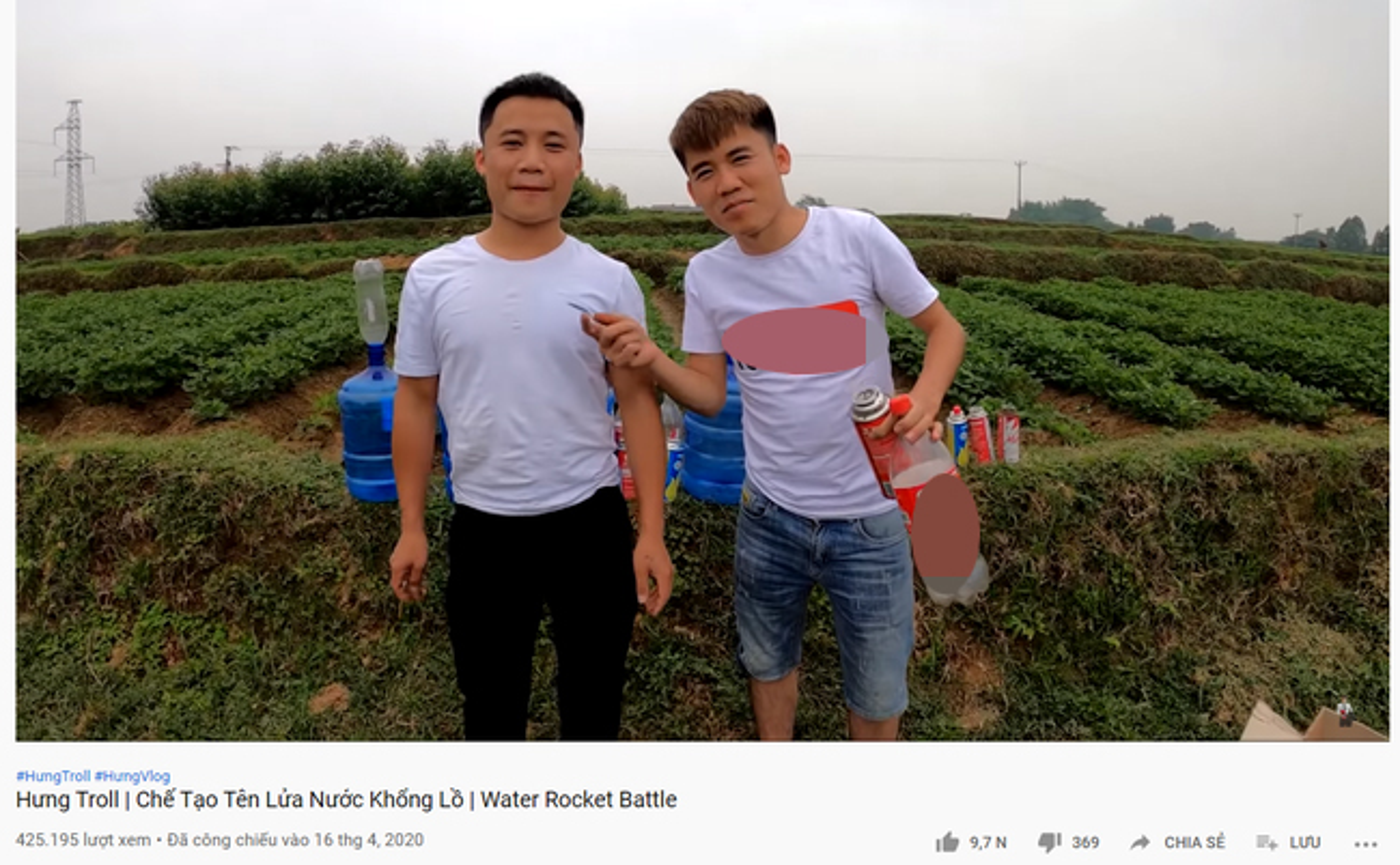 "Con trai ba Tan Vlog khien dan mang phat cau vi ""nghich ngu""-Hinh-2"