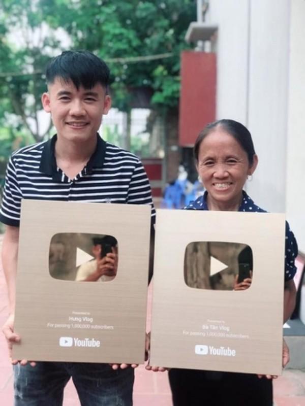 "Con trai ba Tan Vlog khien dan mang phat cau vi ""nghich ngu"""
