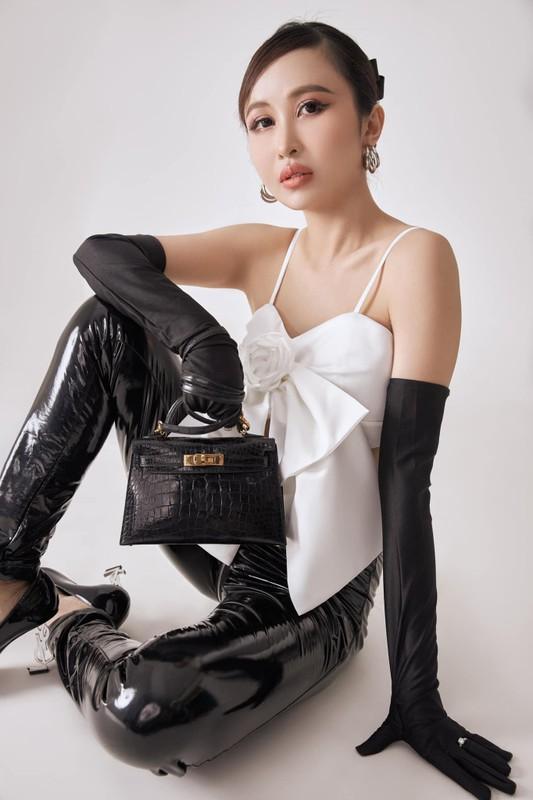 """Vo hai Minh Nhua khoe nhan sac, ngay cang giong """"hot girl mat ran""""-Hinh-12"""