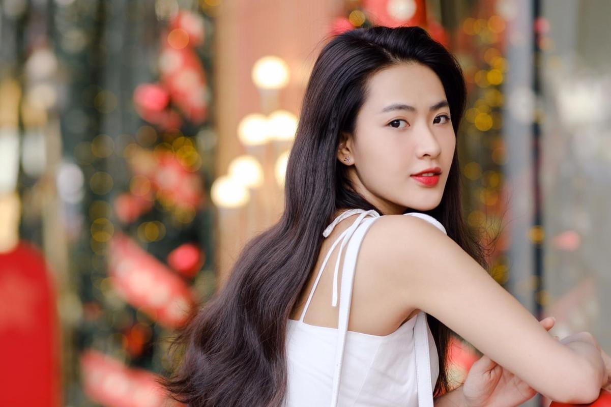 Hot girl Tik Tok lam loan MXH vi qua xinh, tuong ai hoa nguoi quen-Hinh-10