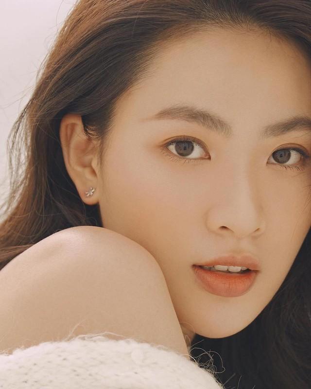 Hot girl Tik Tok lam loan MXH vi qua xinh, tuong ai hoa nguoi quen-Hinh-11
