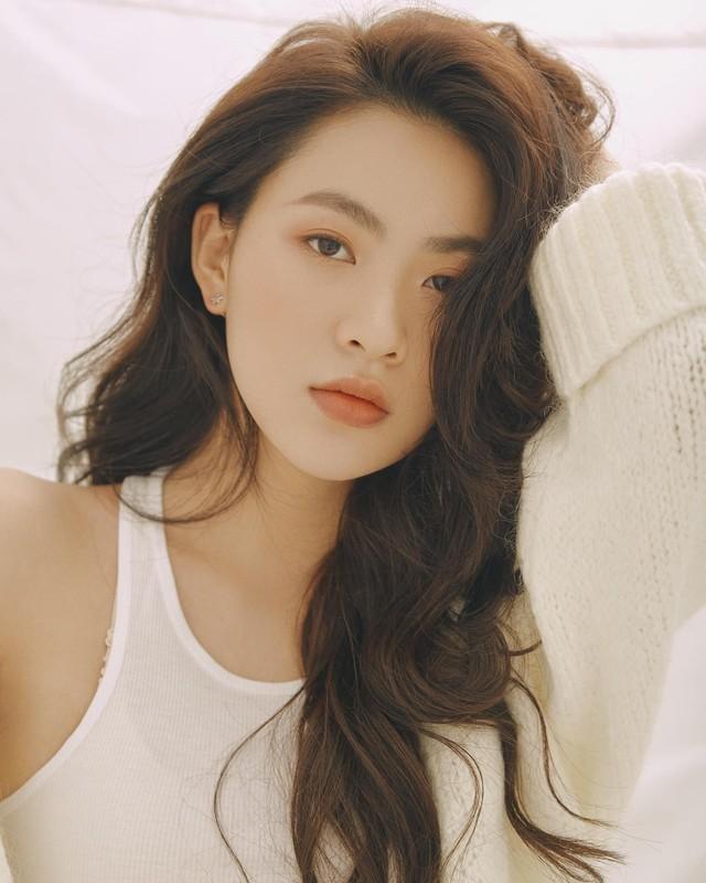 Hot girl Tik Tok lam loan MXH vi qua xinh, tuong ai hoa nguoi quen-Hinh-7