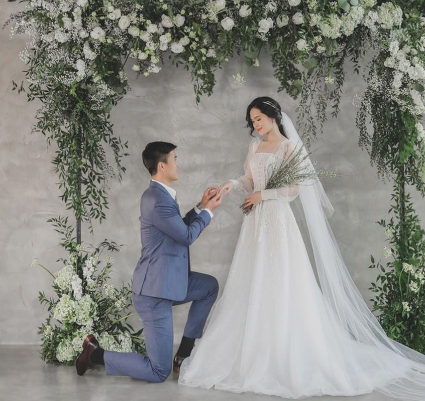 """Vo Duy Manh len tieng vu bi chong """"di duong quyen"""" giua pho dong-Hinh-11"""