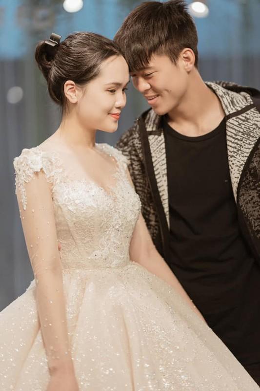 """Vo Duy Manh len tieng vu bi chong """"di duong quyen"""" giua pho dong-Hinh-5"""