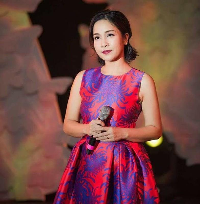 Dan my nhan Viet ten Linh nguoi co biet phu, ke o nha cao-Hinh-6