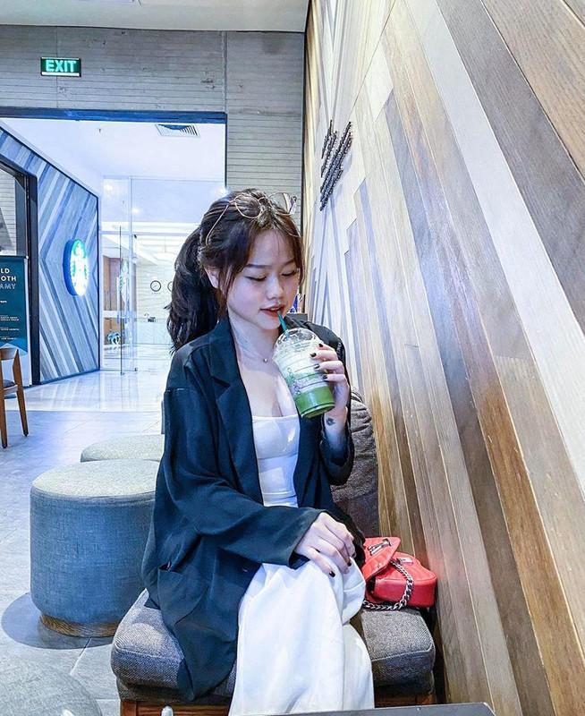 "Bi fans Nhat Le ""khung bo"", ban gai moi Quang Hai dap tra cuc gat-Hinh-7"