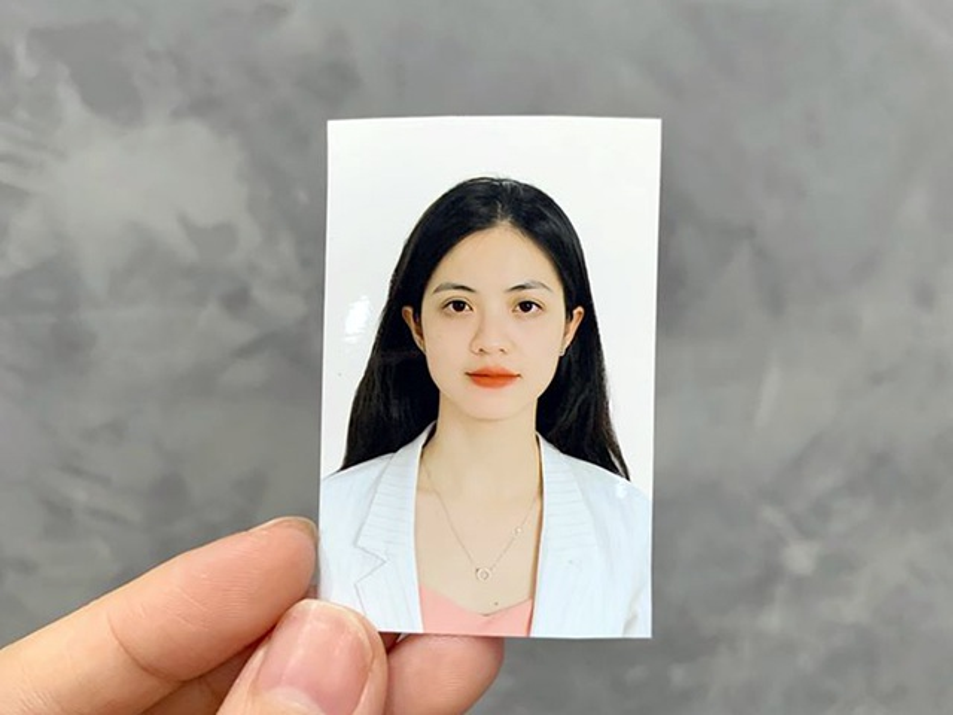 Cuu nu sinh Ngoai thuong da xinh, bang diem lai con trong mo-Hinh-2