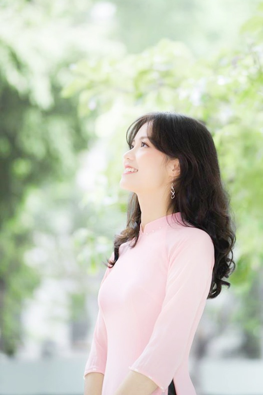 Cuu nu sinh Ngoai thuong da xinh, bang diem lai con trong mo-Hinh-3
