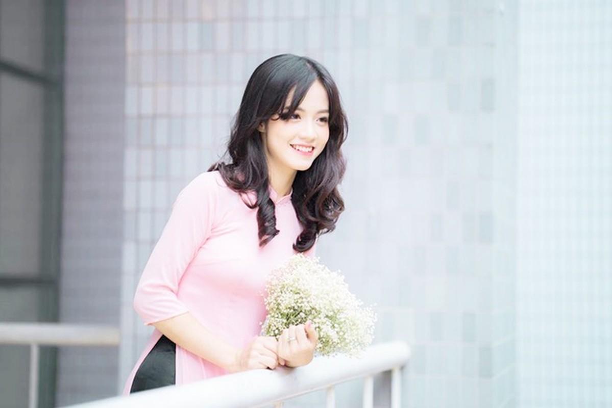 Cuu nu sinh Ngoai thuong da xinh, bang diem lai con trong mo-Hinh-5