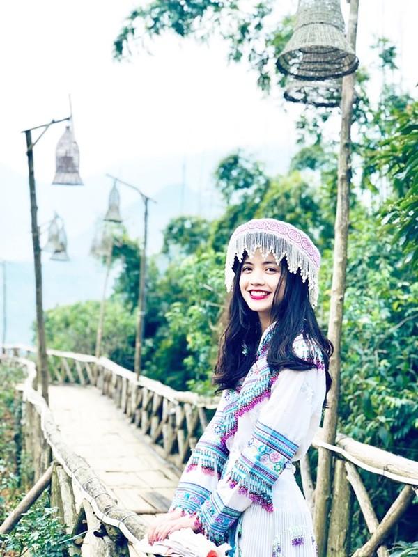 Cuu nu sinh Ngoai thuong da xinh, bang diem lai con trong mo-Hinh-9