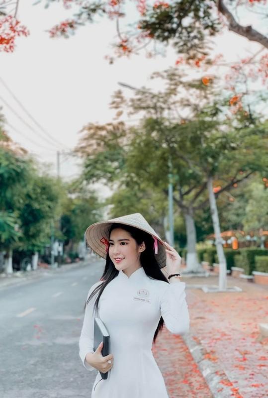 Hot girl Viet khien netizen xu Trung dien dao vi dieu nay-Hinh-3