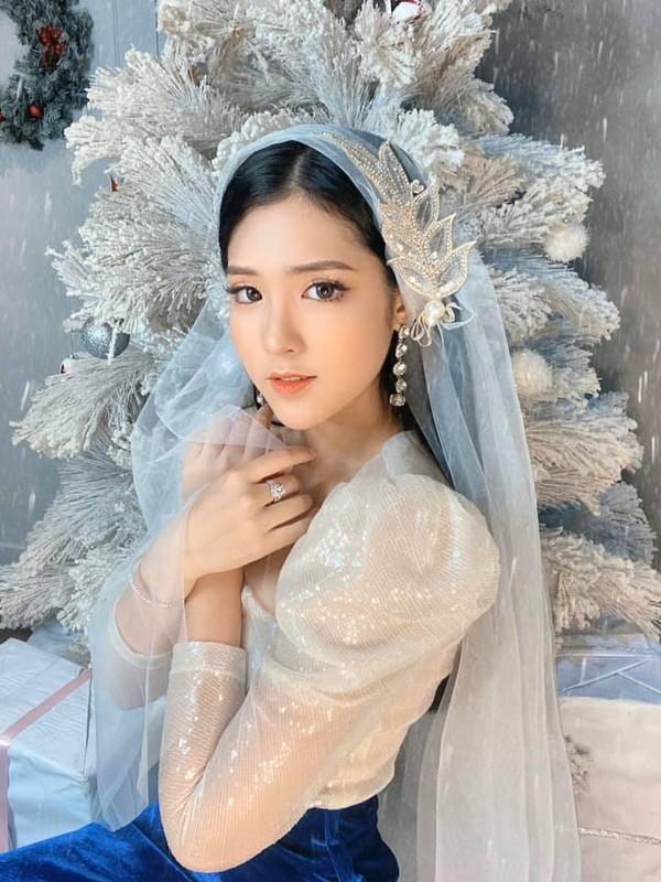 Hot girl Viet khien netizen xu Trung dien dao vi dieu nay-Hinh-9