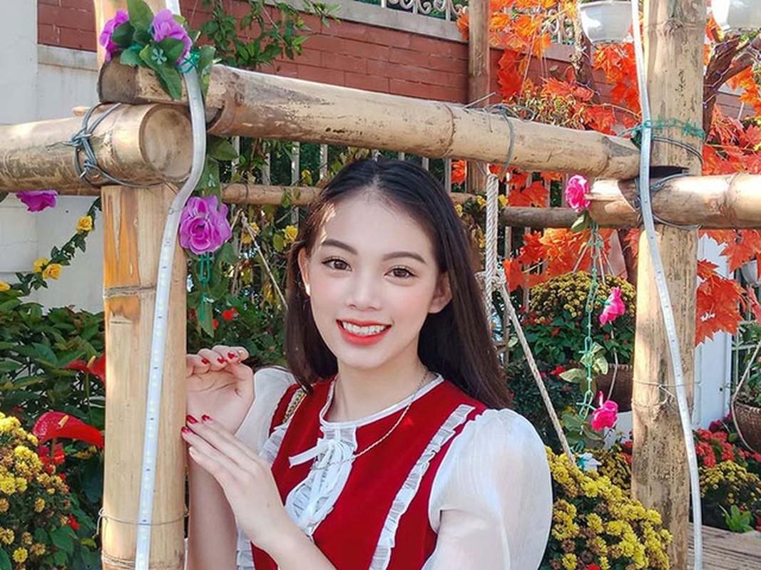Nu sinh Hoc vien Toa an gay thuong nho trong trang phuc Tham phan-Hinh-10