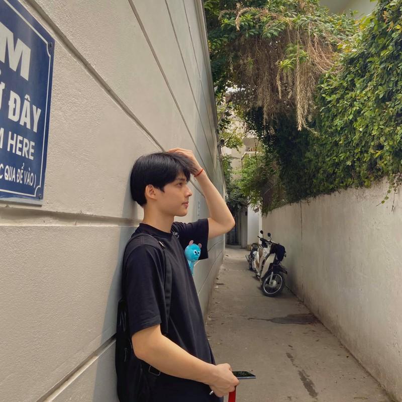 "Khoe cach chup hinh cuc ""ngau"", nam sinh Ha Nam tao song MXH-Hinh-8"