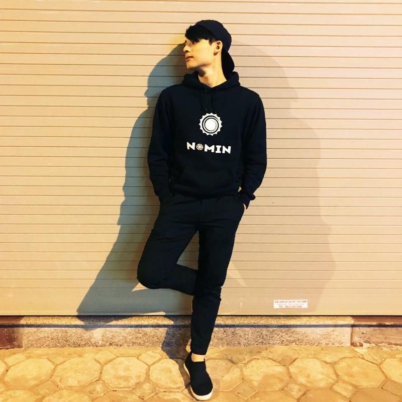 "Khoe cach chup hinh cuc ""ngau"", nam sinh Ha Nam tao song MXH-Hinh-9"