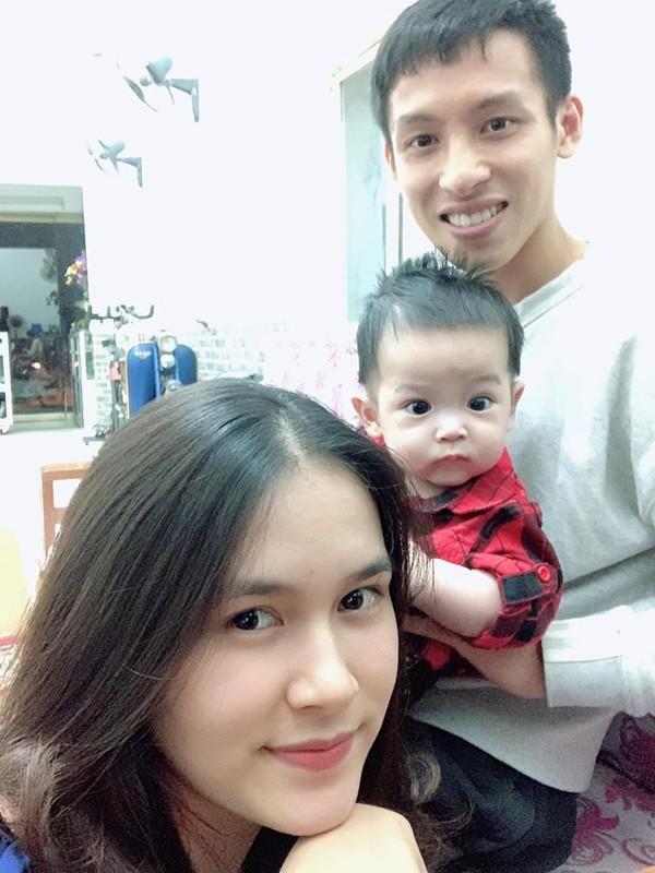 Dep chang kem hot girl vo Qua Bong Vang Viet Nam 2019 gay sot-Hinh-3