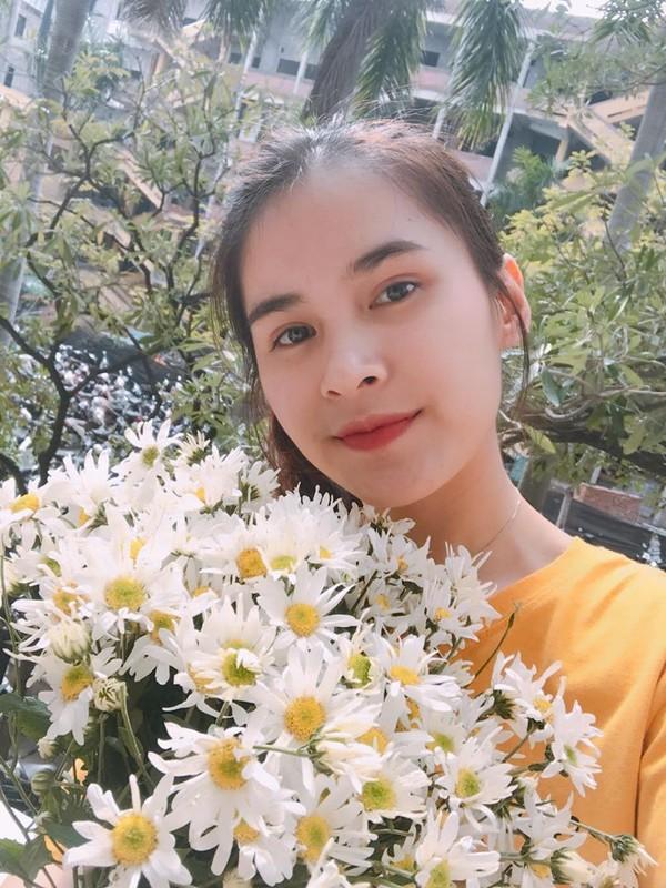 Dep chang kem hot girl vo Qua Bong Vang Viet Nam 2019 gay sot-Hinh-6