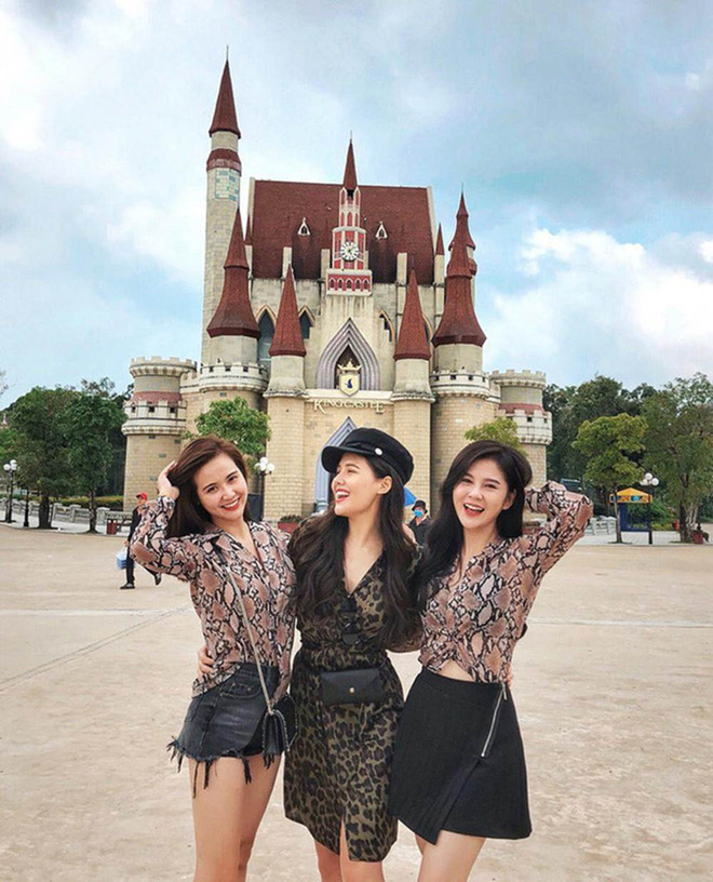 Phanh Lee - Huyen Lizzie lam gi trong ngay ky niem 7 nam tinh ban?-Hinh-6