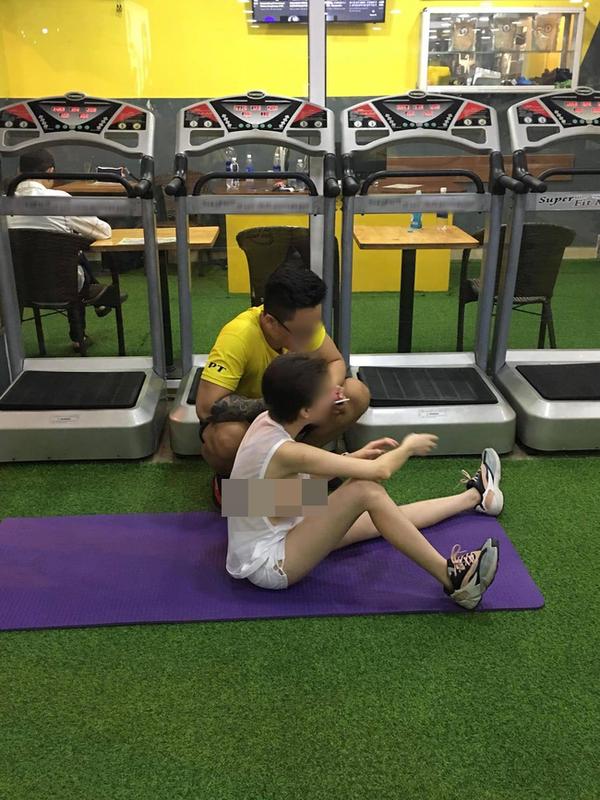 """Dien do nay toi phong gym, hai co gai bi """"nem da"""" du doi-Hinh-4"""