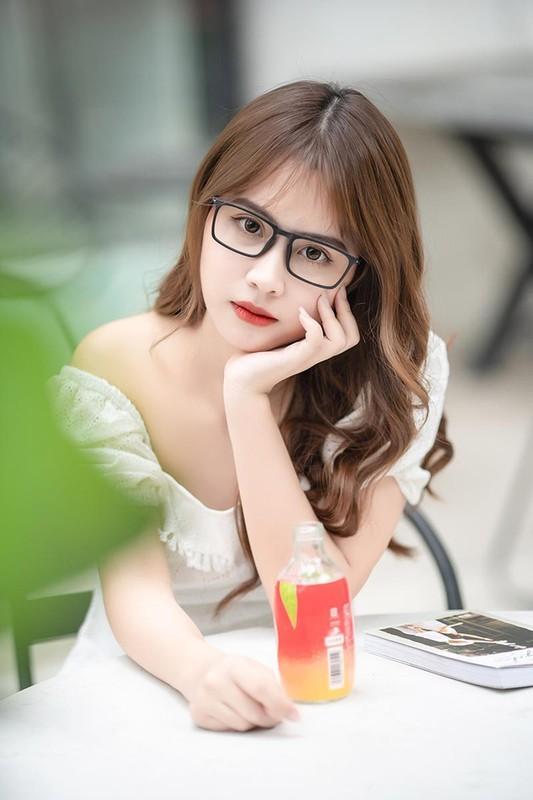 Nu sinh truong Bao bat ngo gay sot mang chi bang dieu nay-Hinh-10
