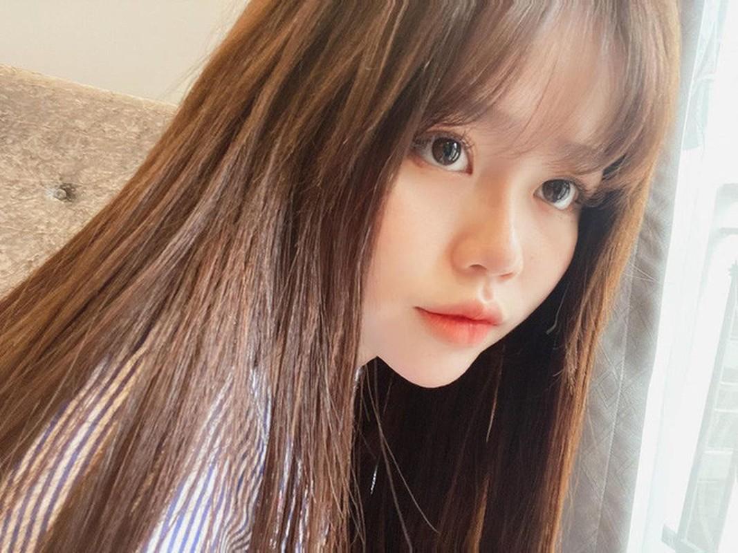 """Ban gai Quang Hai """"du trend"""" o nha va ra duong khien fan kho hieu-Hinh-7"""