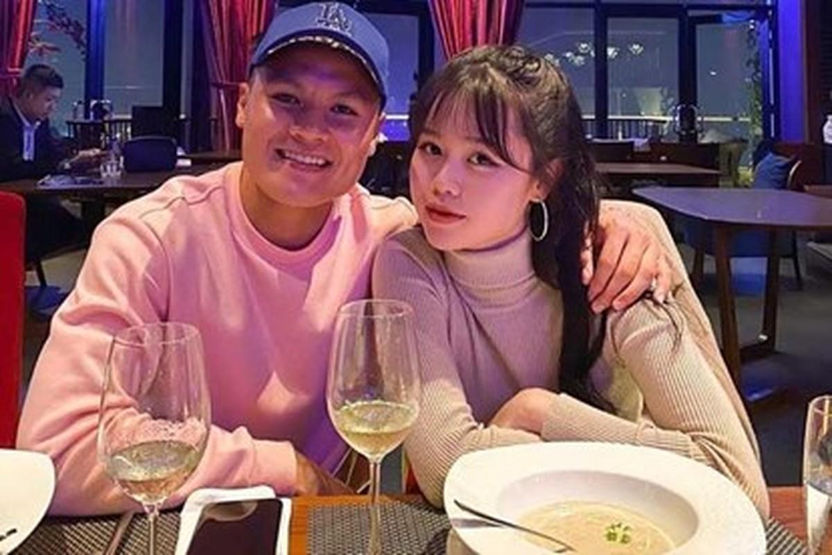 """Ban gai Quang Hai """"du trend"""" o nha va ra duong khien fan kho hieu-Hinh-9"""