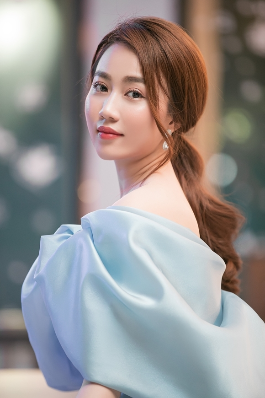 Ban gai cu Tien Linh gay tranh cai vi phat ngon che dan ong-Hinh-5