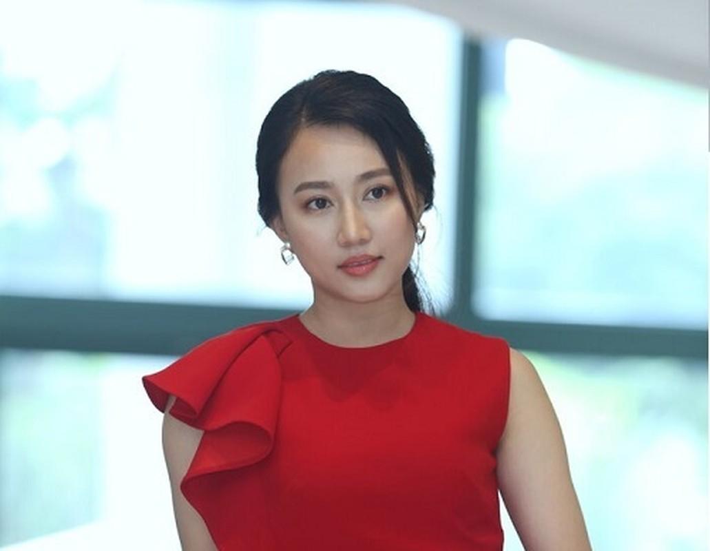 Ban gai cu Tien Linh gay tranh cai vi phat ngon che dan ong