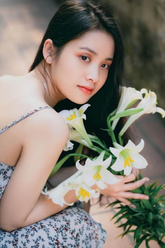 Dau can ho hang, hot girl Ngan hang dep hut hon vi dieu nay-Hinh-4