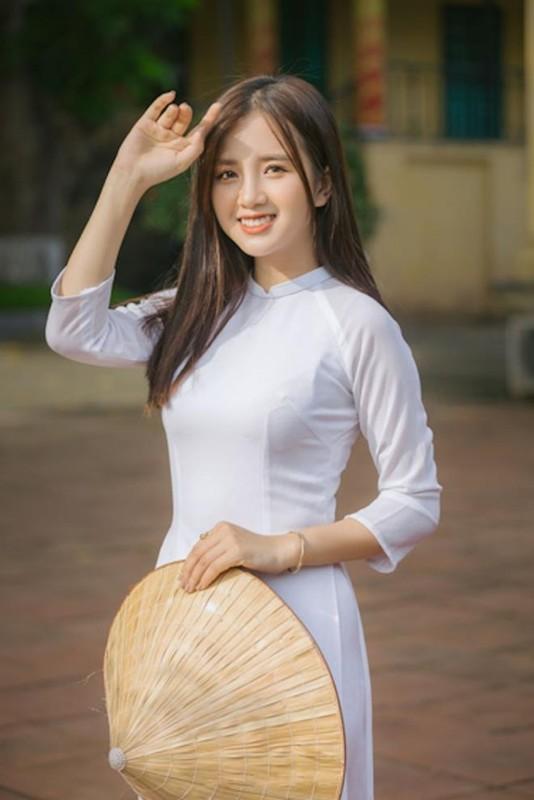 Nu sinh Dai hoc Ha Noi khoe ve dep trong veo cung nu cuoi toa nang-Hinh-2