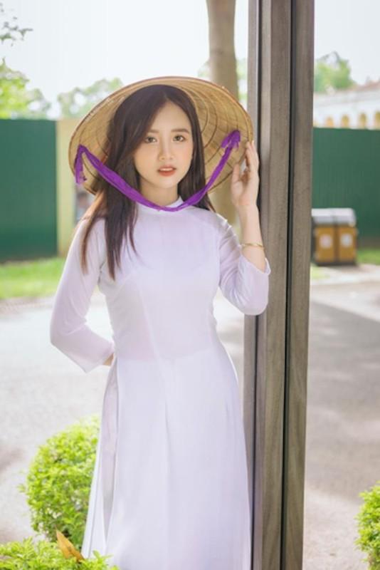 Nu sinh Dai hoc Ha Noi khoe ve dep trong veo cung nu cuoi toa nang-Hinh-3