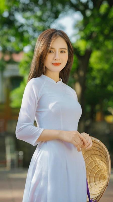 Nu sinh Dai hoc Ha Noi khoe ve dep trong veo cung nu cuoi toa nang-Hinh-7