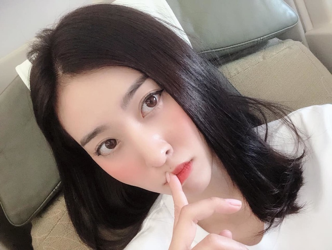 Dan hot girl Nguoi ay la ai bi so anh that va len song-Hinh-9