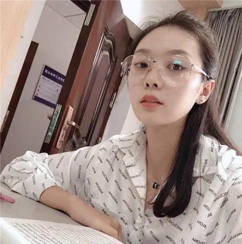 Hoa khoi bong chuyen Trung Quoc lo ban trai co chieu cao khung-Hinh-4