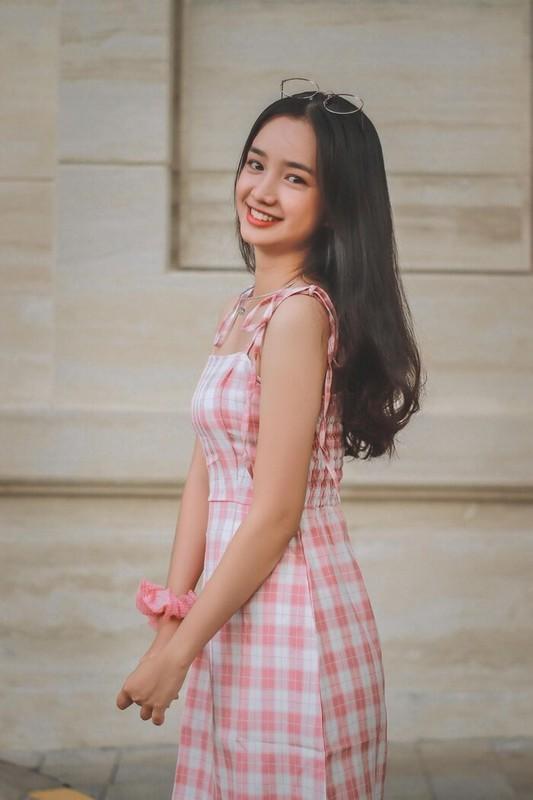 Lien tuc bi nham voi Nha Phuong, nu sinh 10X gay sot mang-Hinh-2