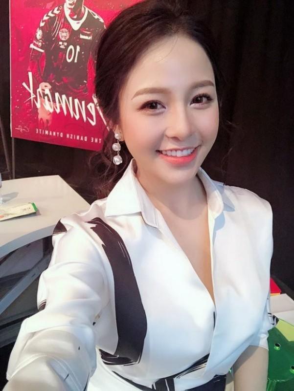 Bi che beo, hot girl Tram Anh dien do nay de dap tra-Hinh-2