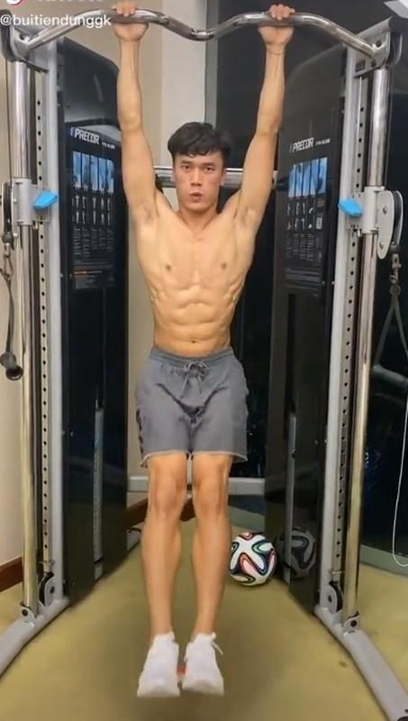 Van Lam mat 6 mui, dan em duoc thoi khoe body chuan-Hinh-5