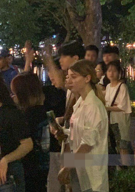 Gai Tay gay sot pho di bo, tuong ai hoa hot girl Tik Tok trieu view-Hinh-3