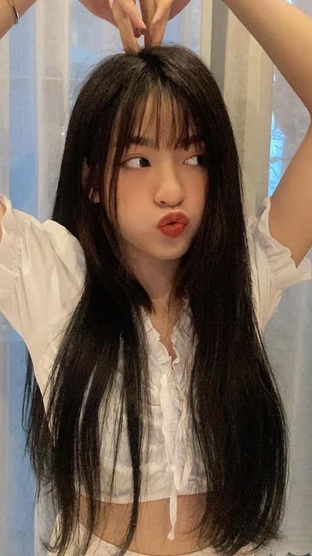 "Het toc bet, hot girl ""bap can bo"" lan dau duoc khen vi dieu nay"