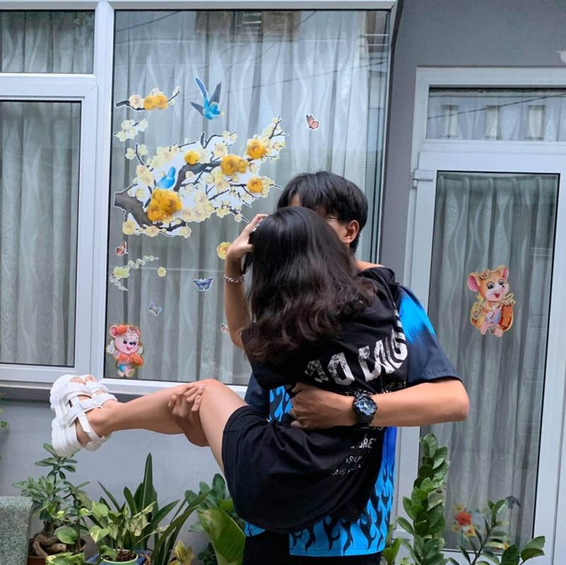 Cap doi chi em lech chieu cao den nua met khoe tinh yeu dep-Hinh-3