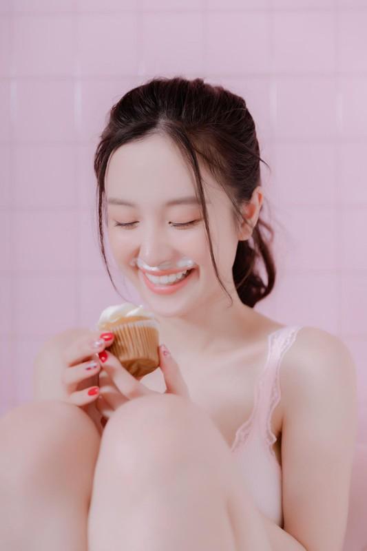 Hot girl Viet kieu lai dot mat dan tinh trong do ngu mong tang-Hinh-5