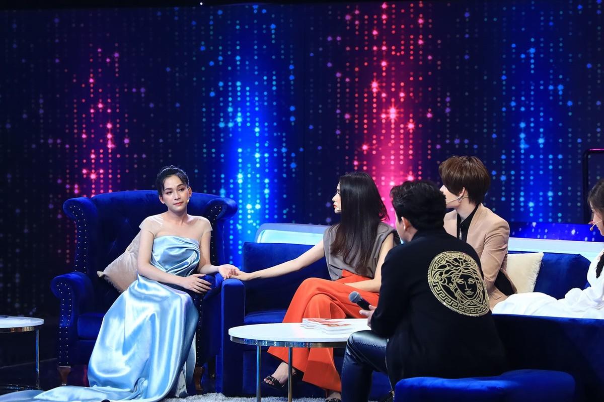 "Nu chinh chuyen gioi Nguoi ay la ai bi ""dim hang"" khi len song-Hinh-3"
