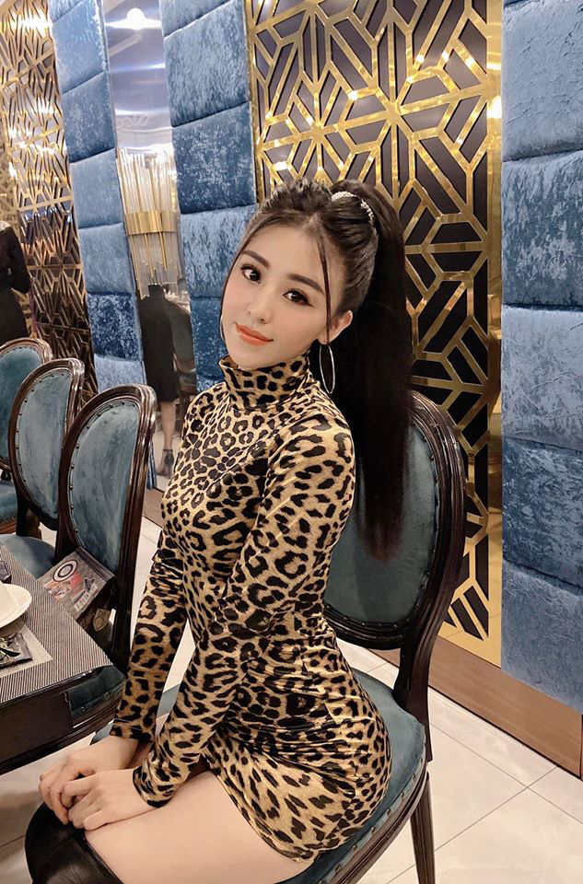 Hot girl banh trang tron khoe nhan sac la sau 7 nam noi tieng-Hinh-6