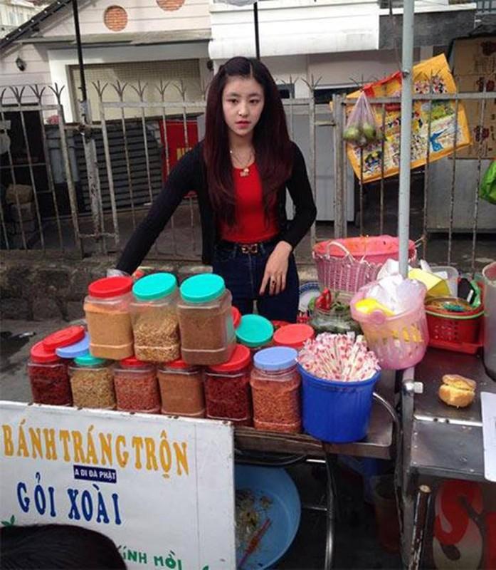 Hot girl banh trang tron khoe nhan sac la sau 7 nam noi tieng