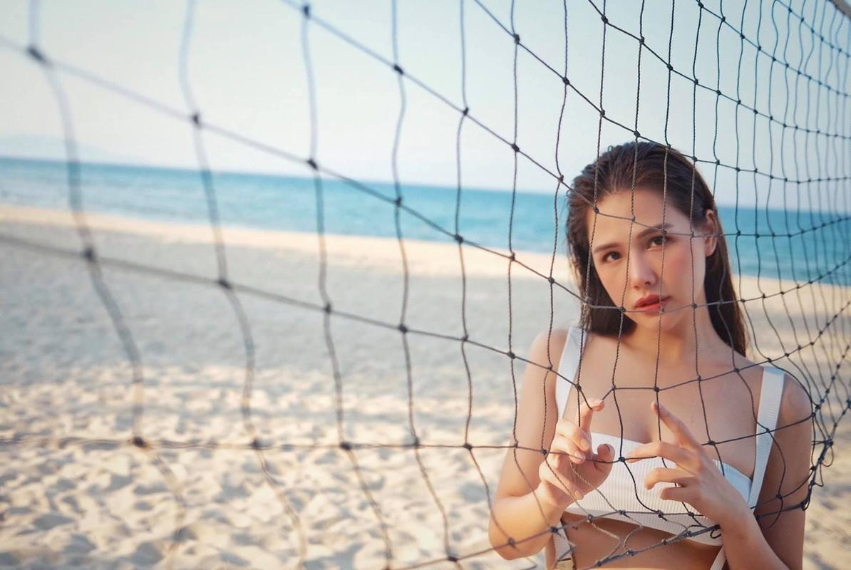 Khoe anh di bien, hot girl Phanh Lee khien dan tinh phai xuyt xoa-Hinh-3