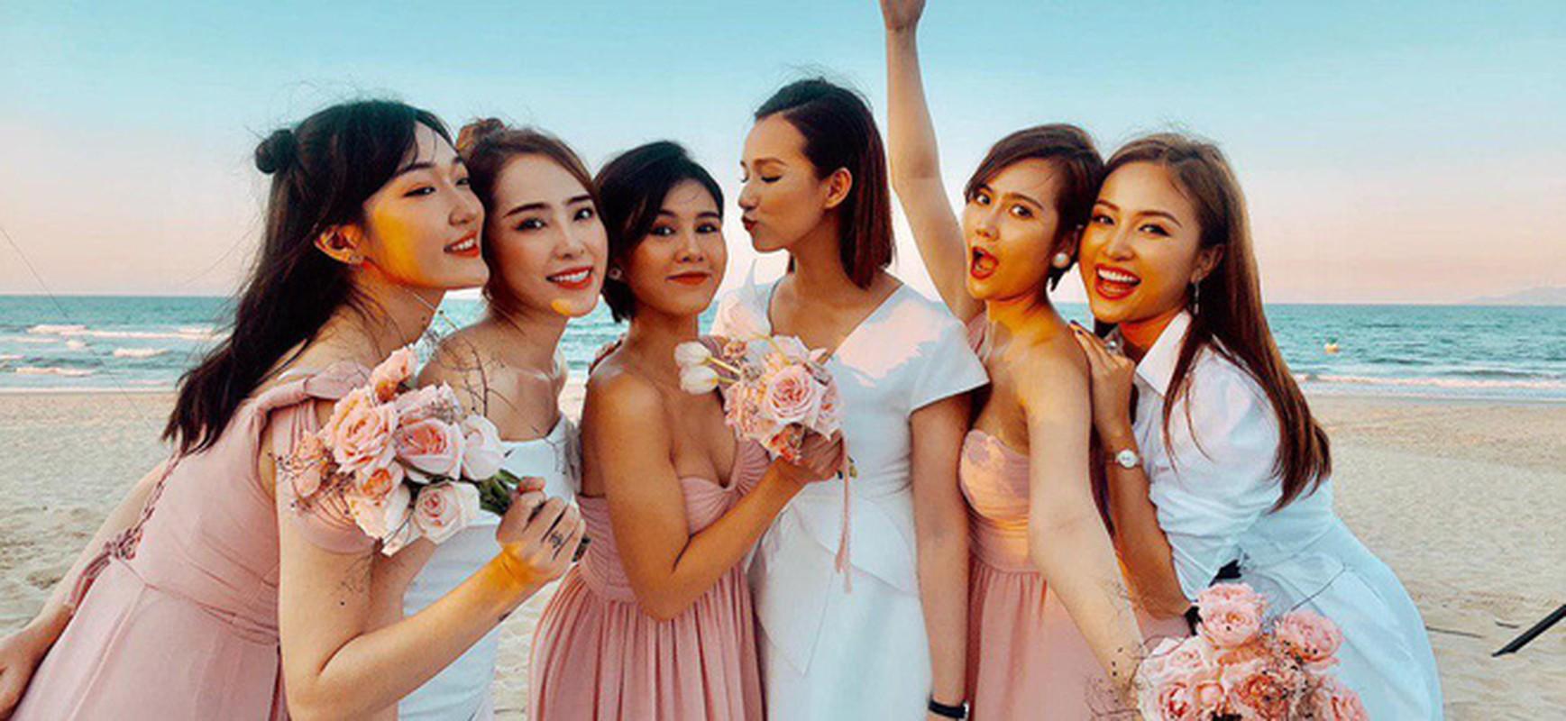 "Dam cuoi ""khung"" cua hot girl"