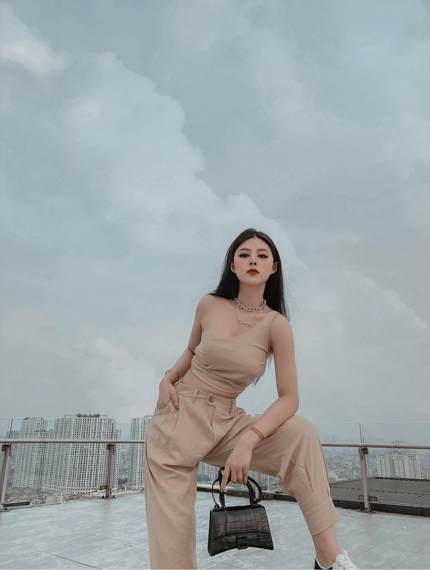Hot girl xuat hien trong tin nhan cua Quang Hai bi lo la ai?-Hinh-8