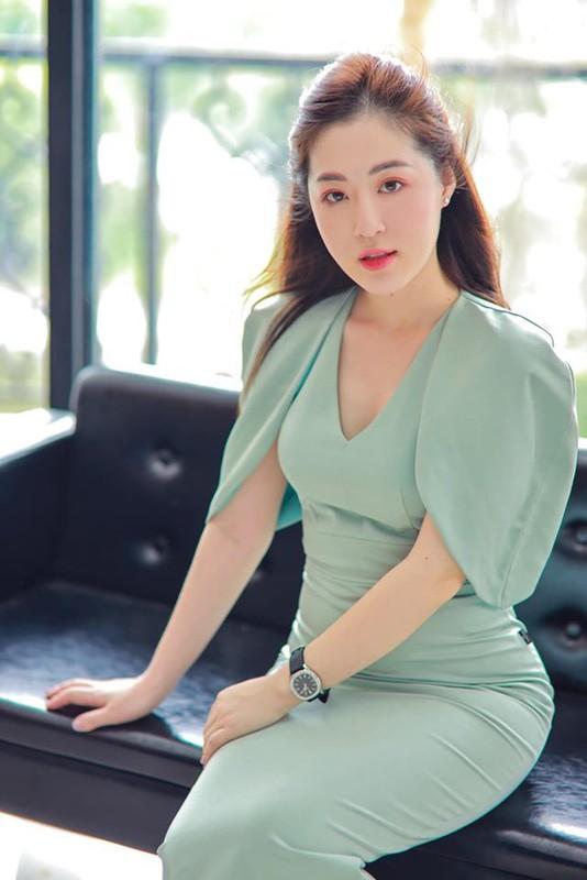 Nu chinh Nguoi ay la ai tap 8 bi soi nhan sac that khac xa len song-Hinh-10