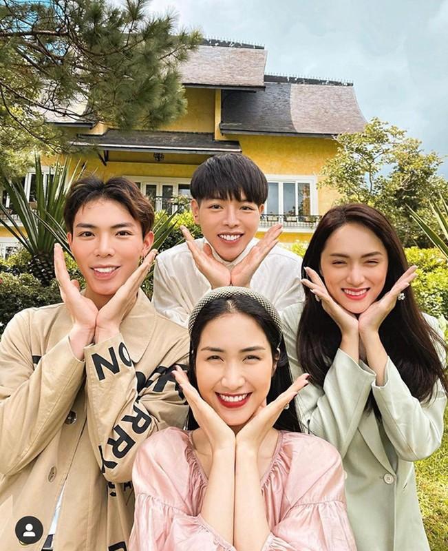 "Chup hinh bat trend cuc kho do, ""gia dinh hoa dam but"" gay sot-Hinh-3"